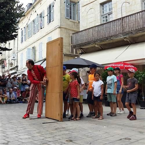Festival AMPLIÓN   Pere Hosta (ES): OPEN DOOR