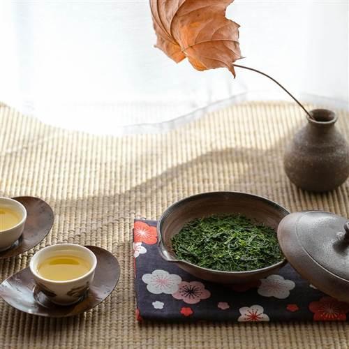 Čajový someliér - úvod do japonských čajov